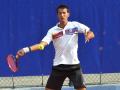 Сербский теннисист потерял два зуба после удара ракеткой