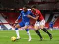 Манчестер Юнайтед сыграл вничью с Эвертоном в матче чемпионата Англии