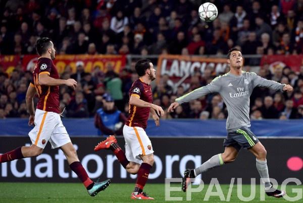 Роналду забил один из мячей в ворота Ромы