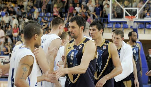 Азовмаш выходит вперед в финальной серии