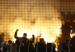 Фотогалерея: Огни Москвы. Болельщики Спартака устроили масштабные беспорядки
