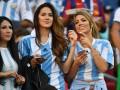 Латинская поддержка: Самые красивые болельщицы Копа Америка