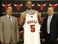 Бузер подписал с Чикаго контракт на $75 миллионов