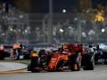 Организаторы Гран-при Сингапура не хотят проводить гонку без болельщиков