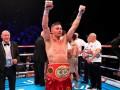 Судья в чемпионском бою перепутал боксеров, насчитав победу проигравшему