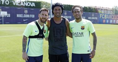 """Бразильский """"волшебник"""" посетил тренировку Барселоны"""