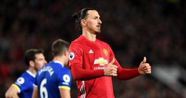 Спонсор Манчестер Юнайтед продает футболки Ибрагимовича