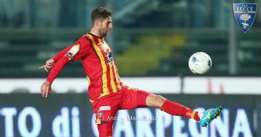 В Италии футболист едва не умер прямо во время матча