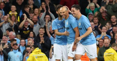Легенды Манчестер Сити - Звезды АПЛ 2:2 Видео голов и обзор матча