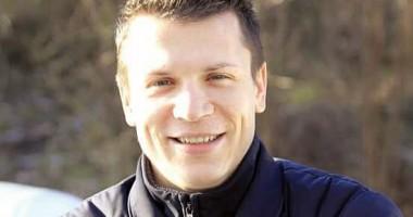 Летающий Коноплянка провел мастер-класс по йоге