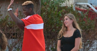 Не теряет время зря: Погба закрутил роман с блондинкой на лечении в США