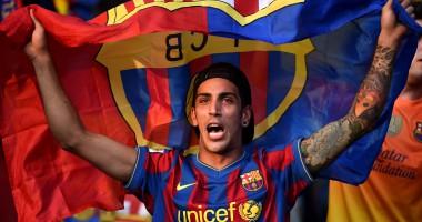 Фанаты выложили мозаику в виде огромной футболки Барселоны