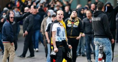 Фанаты Герты и Айнтрахта устроили массовую драку в Берлине