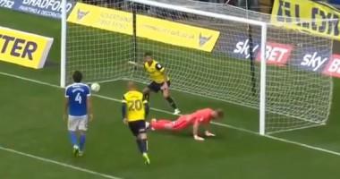 В Англии игрок поглумился над вратарем после забитого пенальти