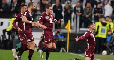 Игроки Торино вышли на игру с Ювентусом в футболках в память о жертвах авиакатастрофы