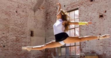 Красотка пятницы: американская студентка, которая бросила балет ради футбола