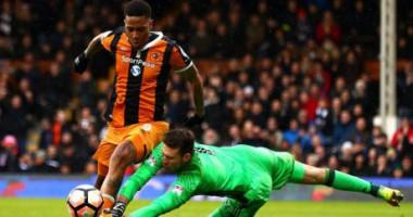 Вратарь отбил два пенальти за 30 секунд в матче Кубка Англии
