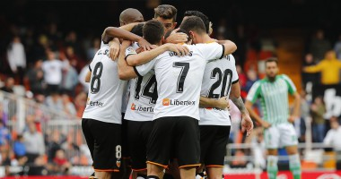 Валенсия - Бетис 2:1 видео голов и обзор матча Ла Лиги