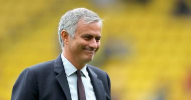 Главный тренер Манчестер Юнайтед разыграл болельщиков клуба