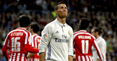 Промах Роналду, который оставляет шансы Месси в борьбе за Золотой мяч