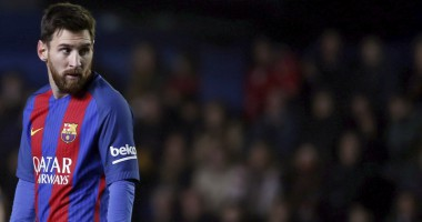 Месси забил очередной шедевр, который спас Барселону от поражения