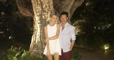 Главный тренер Атлетико провел отпуск со своей сексуальной женой