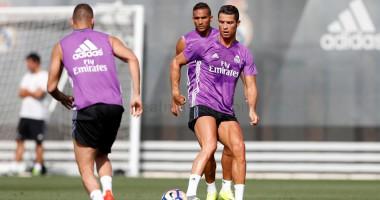 Роналду провел первую тренировку с основной группой Реала после травмы