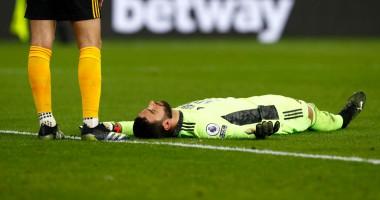 Вратарь Вулверхэмптона получил страшную травму головы в матче с Ливерпулем