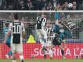 Роналду невероятным ударом через себя расписался в воротах Буффона