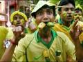 В Бразилии болельщики подрались из-за билетов на футбол (ВИДЕО)
