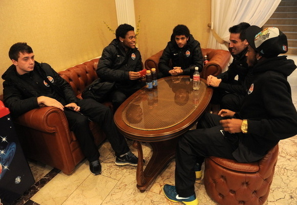 Игроки Шахтера улетели в Стамбул