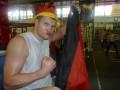 Чемпион, отказавшийся от украинского гражданства, пообещал отобрать титул Виталия Кличко