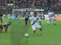 В Бразилии футболист успешно выполнил подкат головой