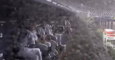 Гром страшно испугал профессиональных бейсболистов