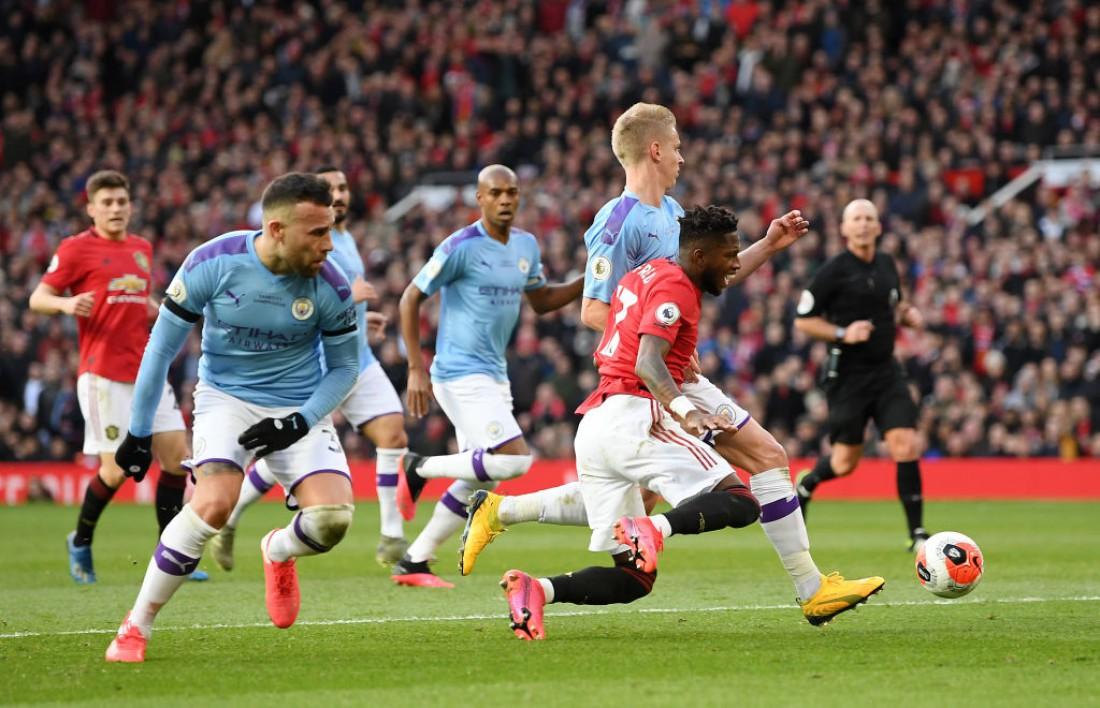Манчестер Юнайтед одолел Манчестер Сити