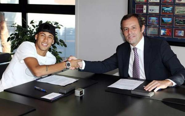 Неймар подписал контракт с Барселоной