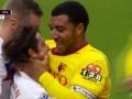 Игрок Уотфорда чуть не разорвал лицо соперника из Сток Сити