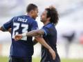 Бразильские игроки Реала даже на отдыхе не расстаются с мячом