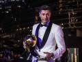 Роналду подарил Левандовски награду Игрок года от Globe Soccer