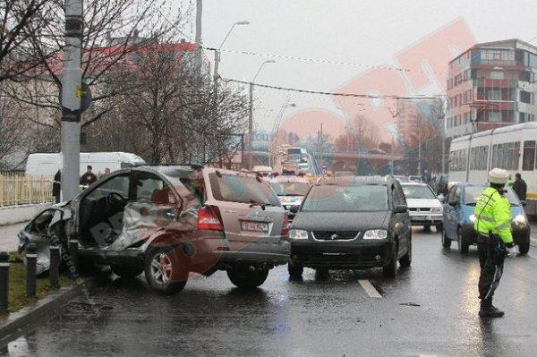 Kia Sorento Мирчи Луческу и злосчастный столб