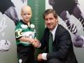 Спортинг подписал контракт с мальчиком, который борется с раком