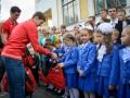 ХК Донбасс поздравил школьников с первым сентября