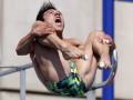 Между небом и водой: Прыгуны в воду повеселили смешными лицами