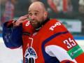 Разбившегося под Ярославлем бывшего вратаря сборной Украины похоронят в Омске