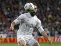 Защитник Реала показал средний палец болельщикам Барселоны