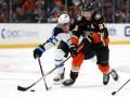 НХЛ: Калгари уступил Каролине, Нэшвилл крупно обыграл Чикаго