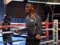 Подготовка американского боксера Теренса Кроуфорда к поединку с Постолом