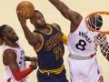 NBA: Кливленд разгромил Торонто в пятом матче серии