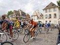 Зрительница Тур де Франс погибла под колесами полицейского мотоцикла