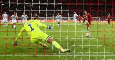 Бавария - Динамо 5:0 видео голов и обзор матча Лиги чемпионов